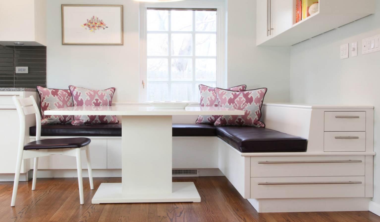 coltar bucatarie cu scaune
