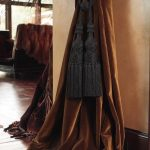 draperii catifea maro