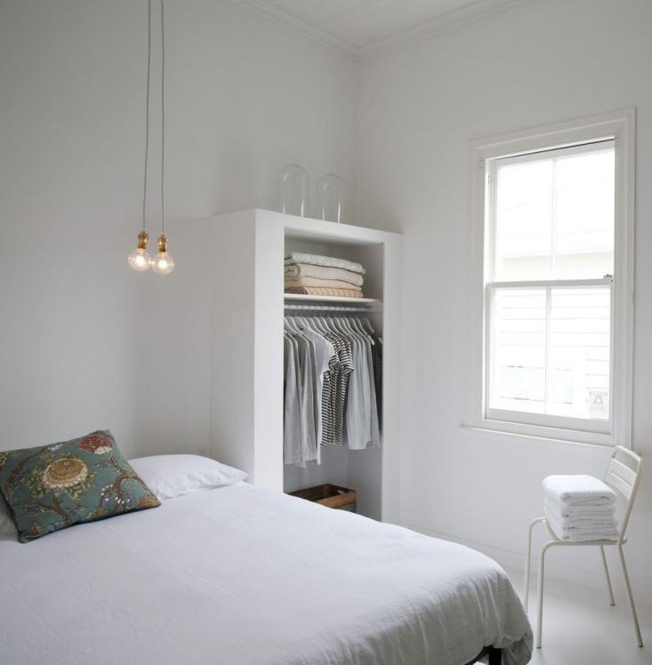 mobilă dormitor minimalista