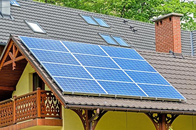 12 panouri solare